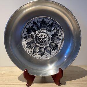 Buenilum bowl mid century modern USA